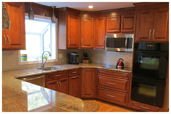 Custom Kitchen Cabinet Refacing In Southington, Connecticut